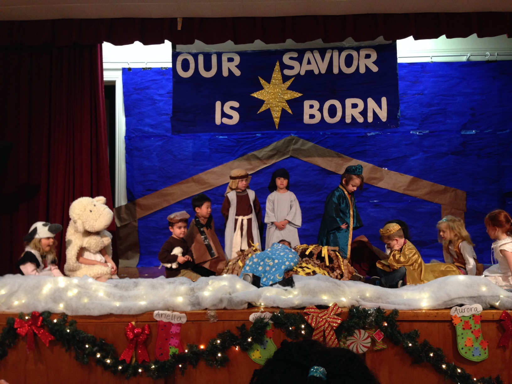 on friday december 20th 2013 saint victors preschool presented its 2nd annual christmas program the children performed christmas songs and as is now